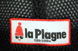 Casquette - Étiquette tissée