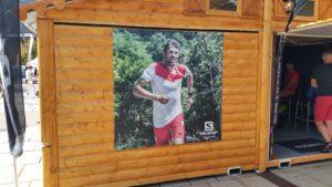 Panneaux Forex stand UTMB de Salomon à Chamonix (74)