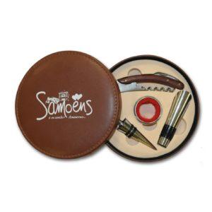 Kit du sommelier en cuir personnalisé pour le compte de la station de Samoëns