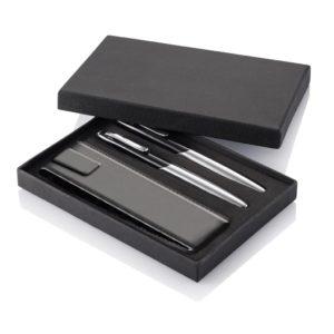 Set de stylos personnalisable et leur étui en cuir, sous coffret
