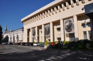 Bâches micro-perforées exposition Aix-les-Bains (73)